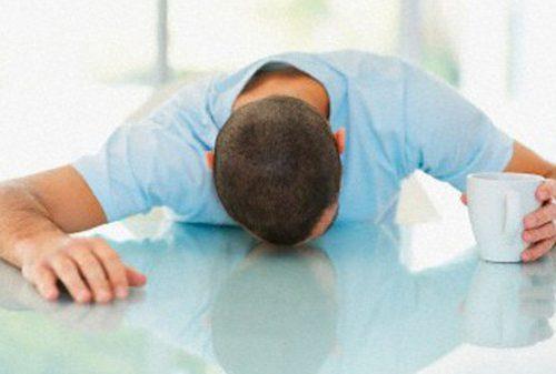POST SBORNIA Guida ai rimedi per i postumi della sbronza