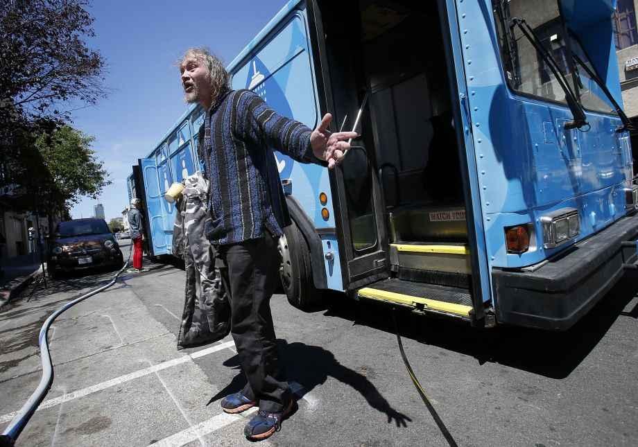 Autobus Docce per senzatetto
